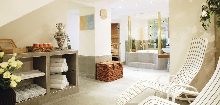 Chalet Hotel Montfort, Lech, Austria - spa.jpg